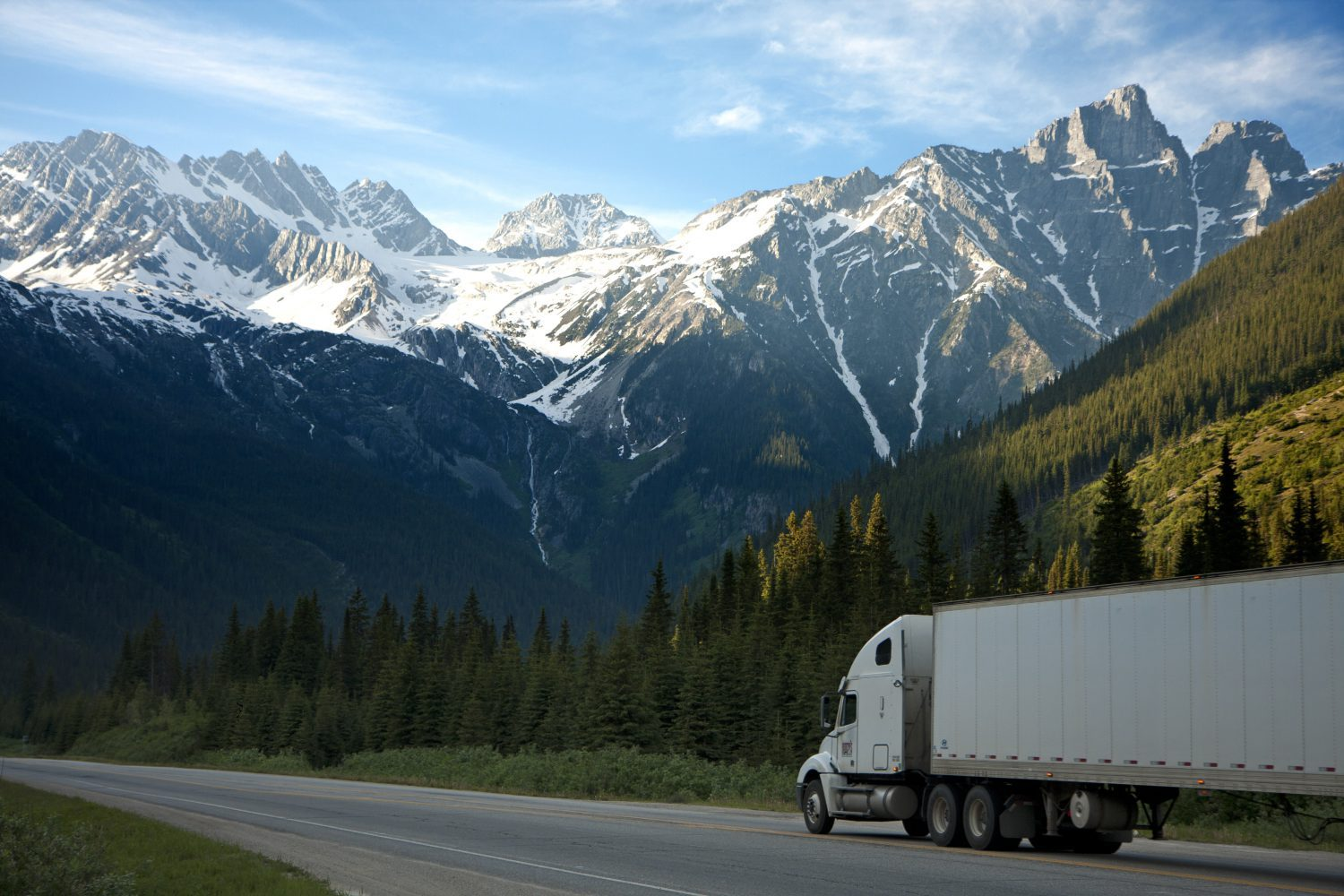 logistics lorry mountains 93398 e1548846374209 - How All Departments In A Company Benefit From GPS Tracking