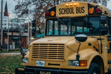 7 Safety tips to School bus driver for city driving